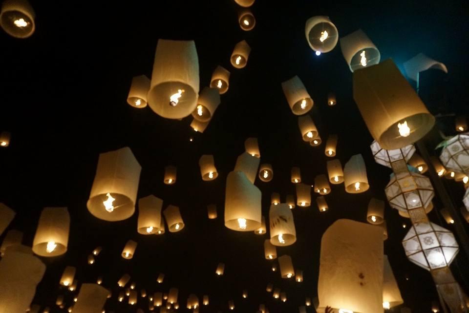 一度は行ってみたい!今年の秋こそ、コムローイ祭りへ!