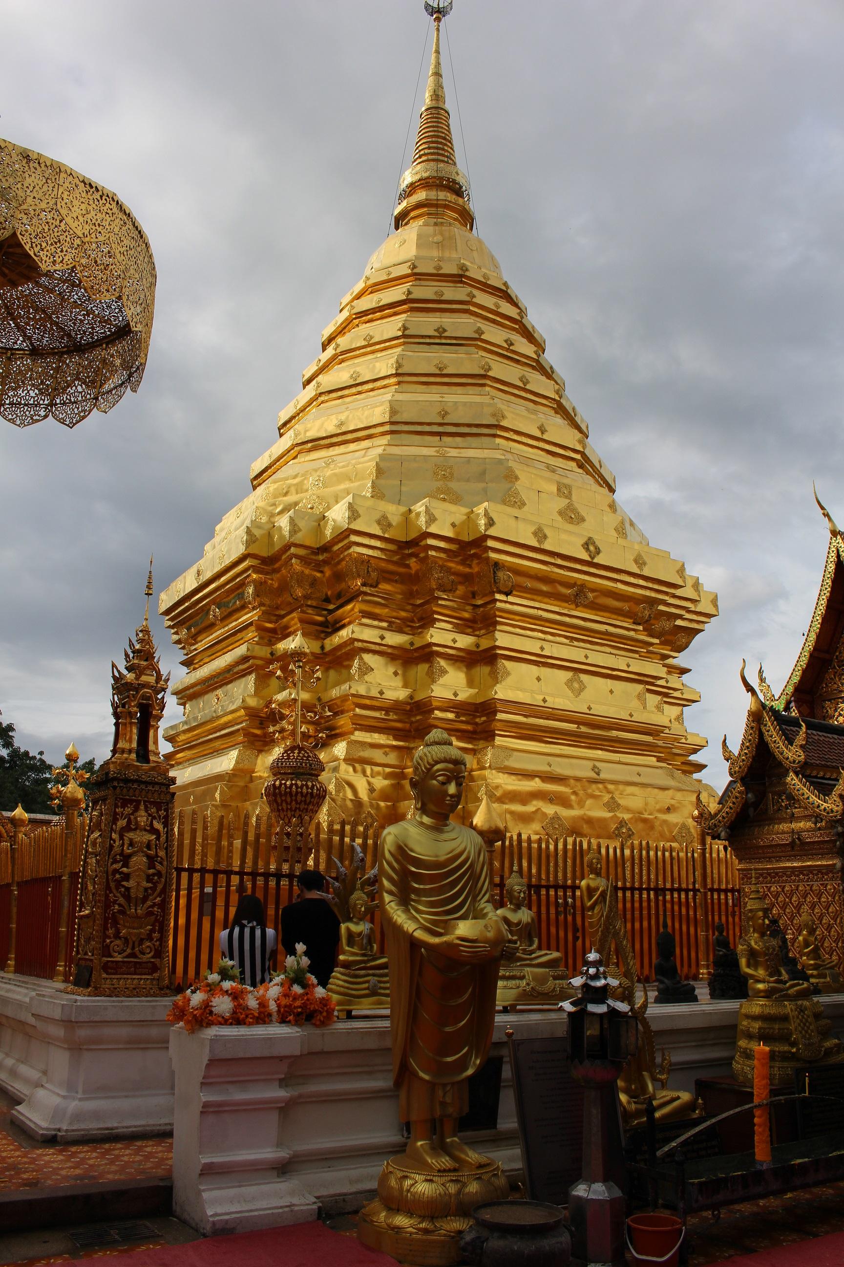 願いが叶う! チェンマイ最強のパワースポット ドイステープ寺院