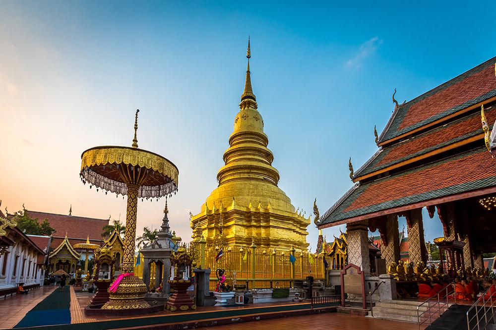 Phra That Hariphunchai Woramahawihan Temple, Lamphun