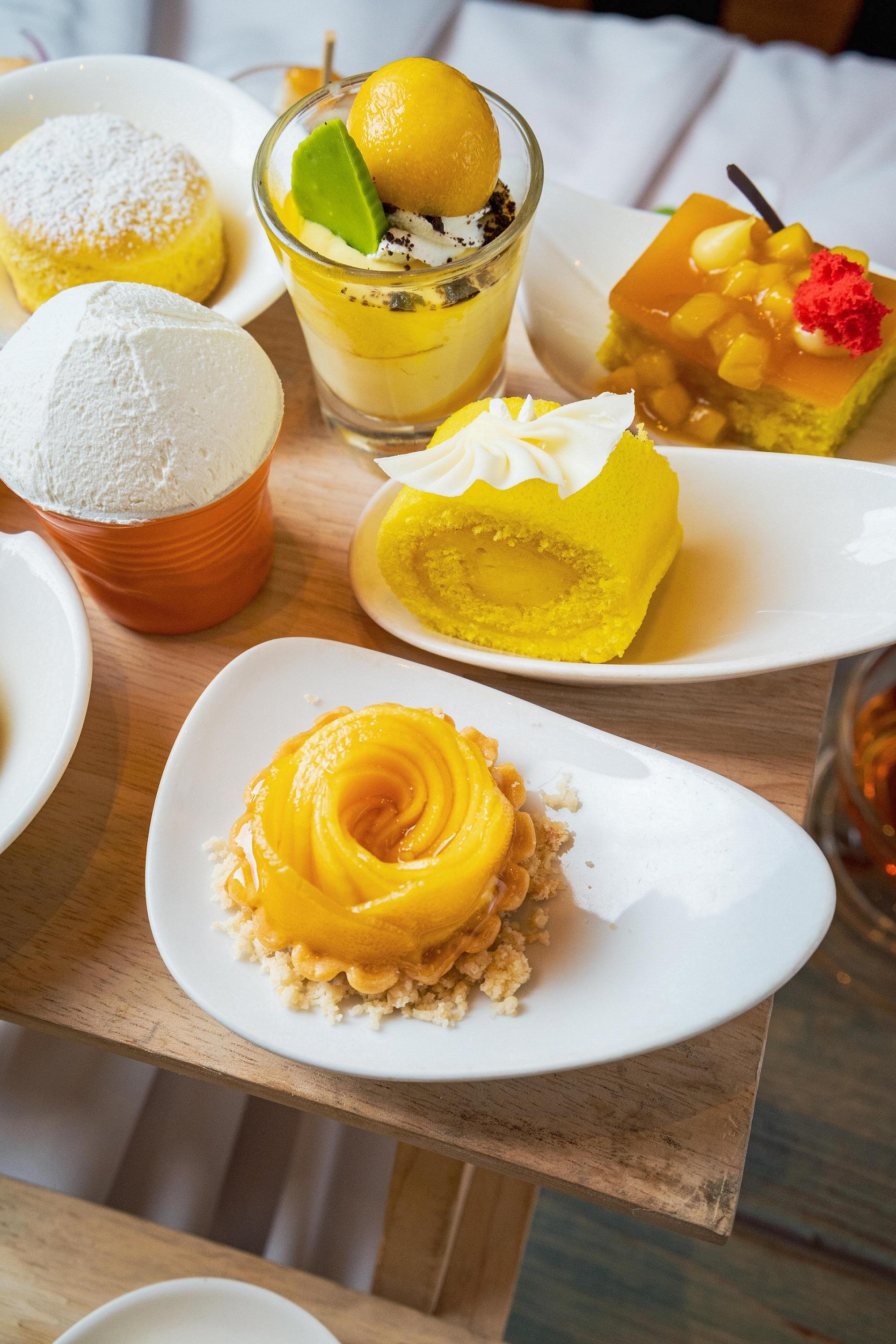 mango sticky rice tart